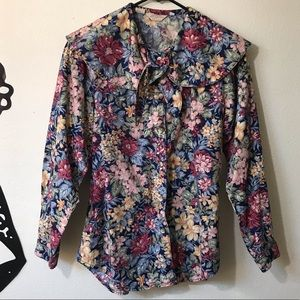 Gorgeous Vintage Floral Blouse, Wide Collar w/ Tie